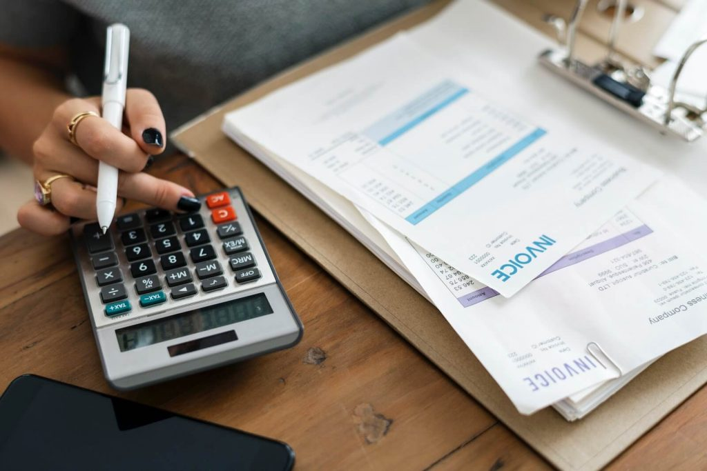 How to Increase Accounting Efficiency Using AI Invoice Automation